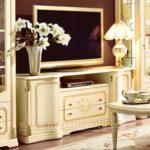 Как купить мебель Италии и не попасть на подделку