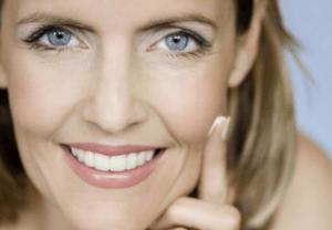 Секреты макияжа: как выглядеть моложе