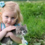 Пушистый друг для малыша