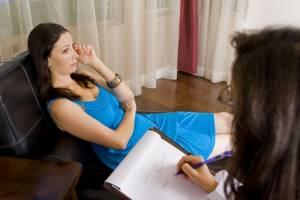 Психологи и психотерапевты: в чем разница?