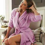 Как выбрать женский банный халат?