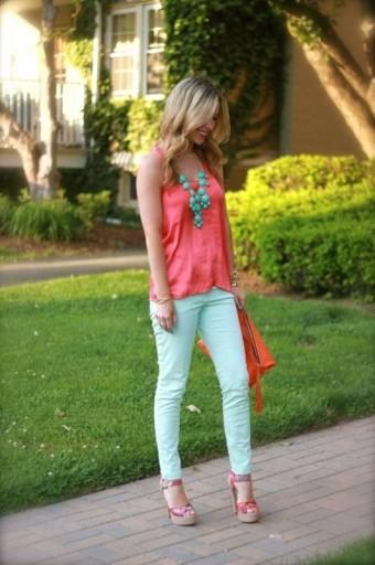 Модный цвет одежды: зеленая мята