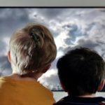 Что смотреть малышам по телевизору