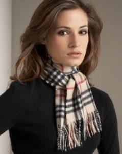 Женский шарф – любимый аксессуар из прошлого
