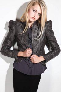 Женская кожаная куртка: модные тенденции 2012 года