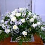 Как появилась традиция доставлять цветы адресату