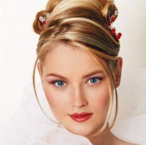 Свадебная прическа — модный шедевр.