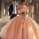 Свадебное платье: купить или арендовать?