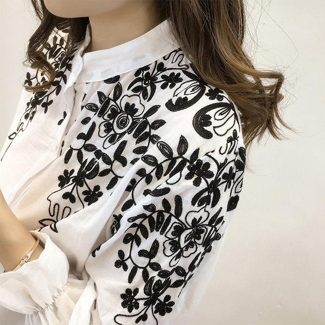 Блузка с вышивкой 2019