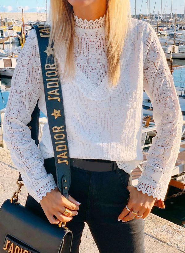 Белая блузка 1432108